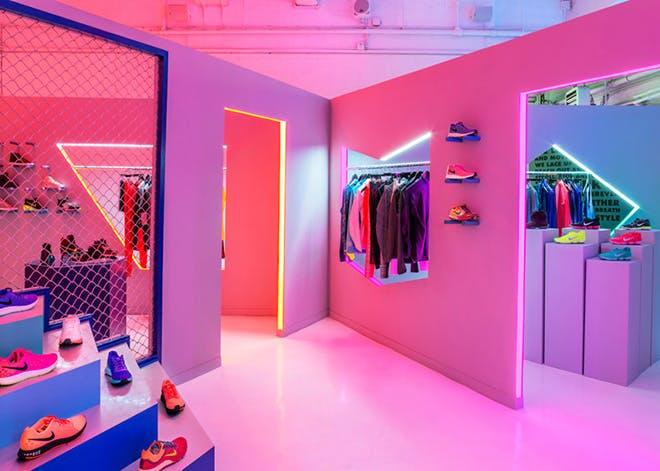 Nike a lansat primul Pop-Up shop in New York folosind rasini epoxidice